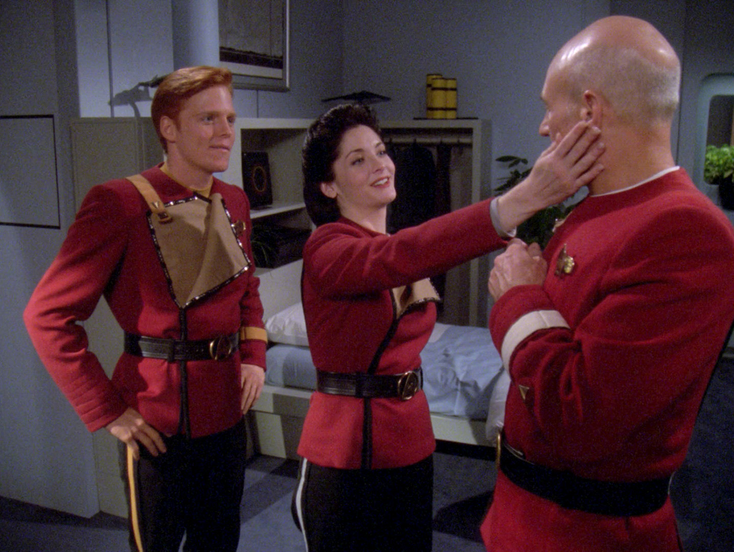 Star Trek Poll Says TNG Character Who'd Make A Great Captain Is...
